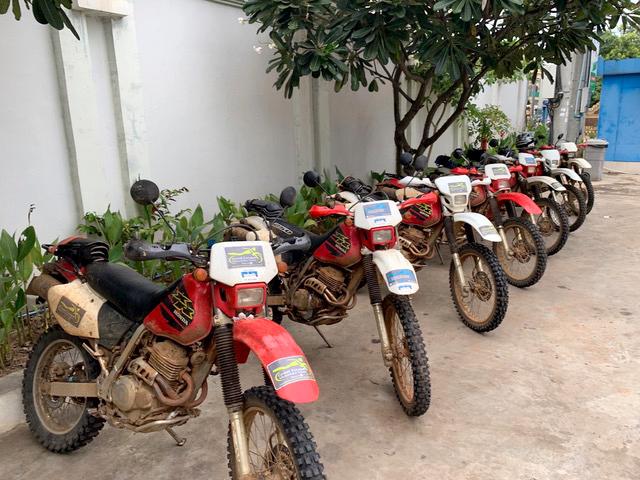 honda XR250 motorbike